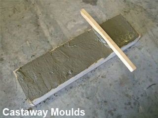 Castaway Mouldings And Designs T